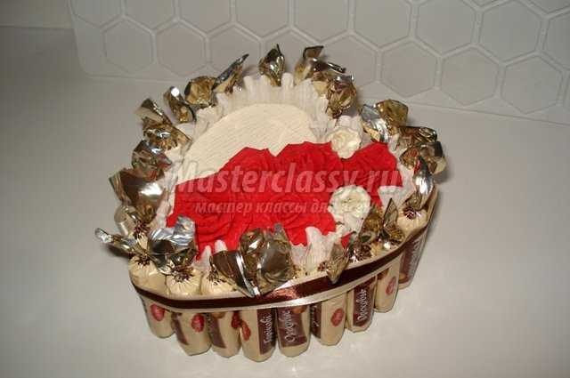 Торт из конфет «Сердце»