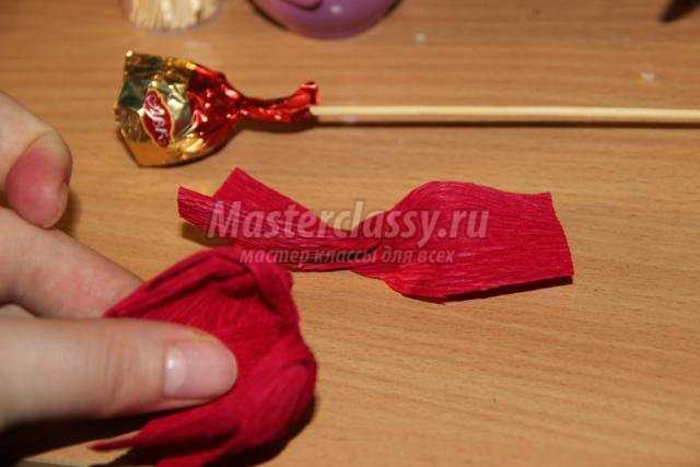 подарки своими руками. Букет из конфет «Тюльпаны»