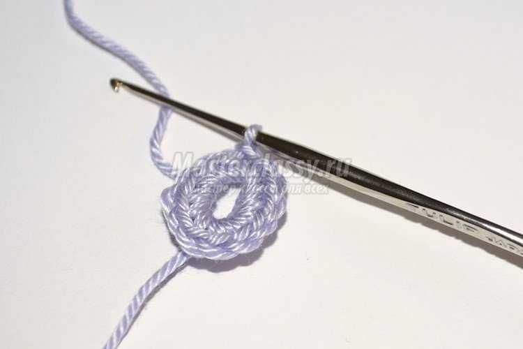 Браслет, связанный крючком