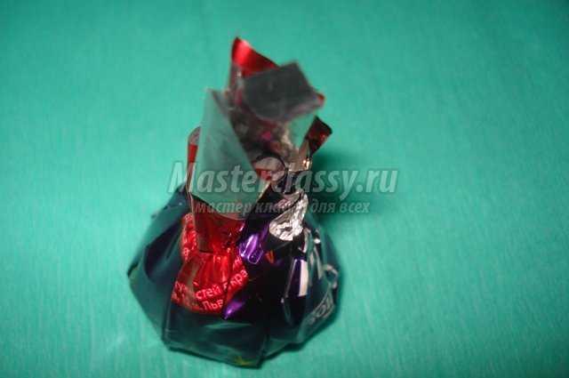 Весенние поделки. Букет из конфет
