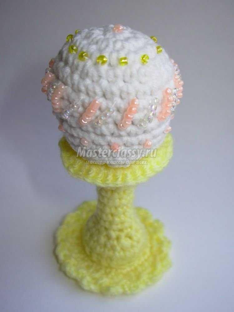 пасхальное яйцо вязаное