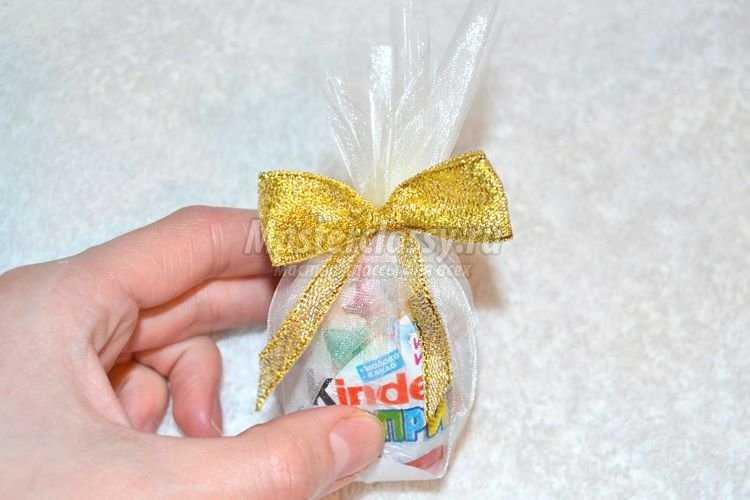 Сладкий сюрприз для ребенка своими руками