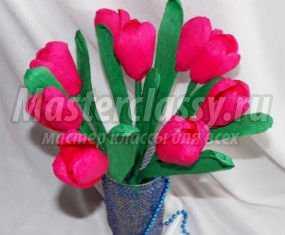 Подарок маме своими руками на 8 Марта. Букет тюльпанов с конфетами. Мастер-класс с пошаговыми фото