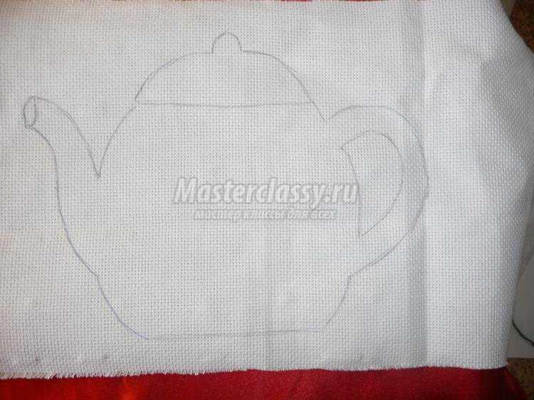 вышитый лентами чайник-прихватка к 8 Марта