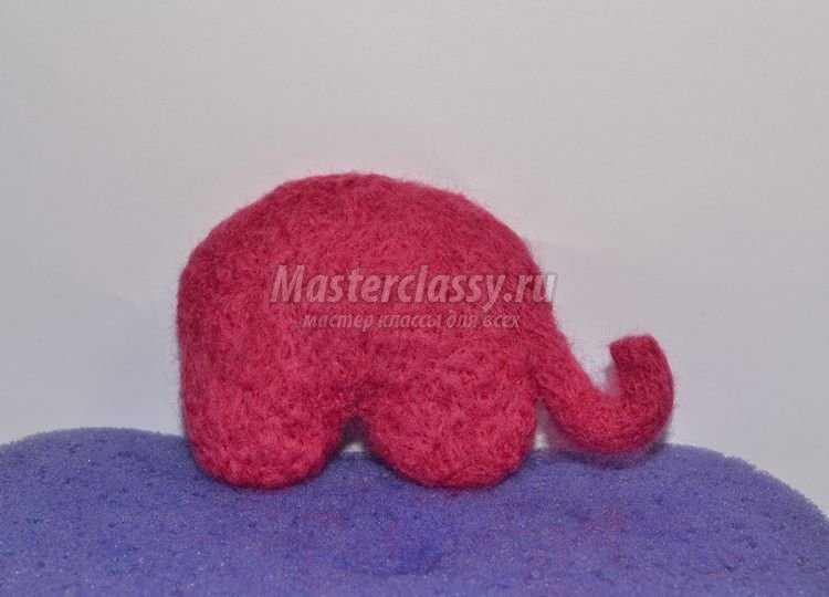 Валяние – слоник клубничка