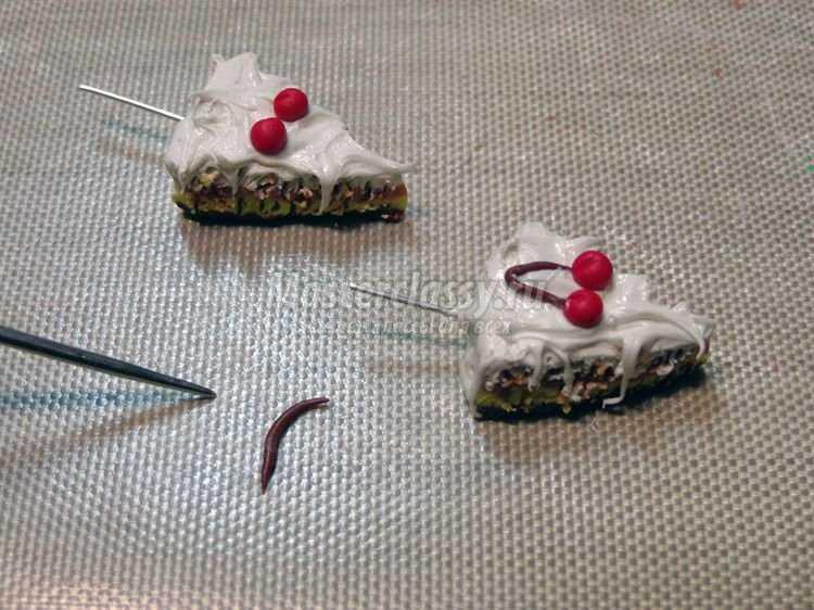 Пирожные из полимерной глины