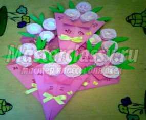Весенний букет из бумаги и салфеток для мамы на 8 Марта. Мастер-класс с пошаговыми фото