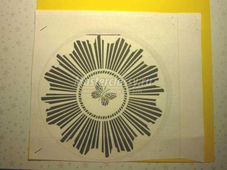 контурная открытка Солнечная бабочка