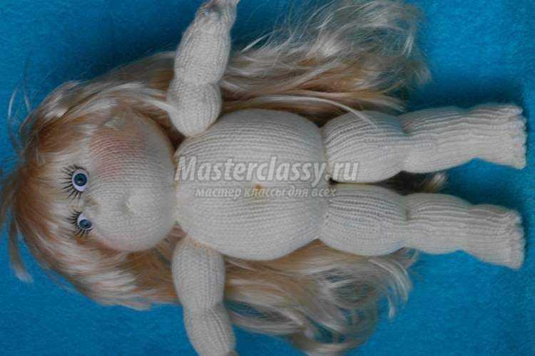 Мастер-класс по вязанию куклы спицами