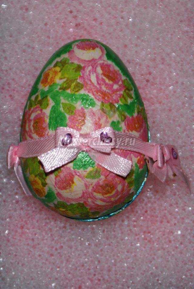 декупаж. Пасхальное яйцо из гипса