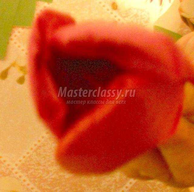 подарки к 8 Марта. Ваза с тюльпанами из ложек