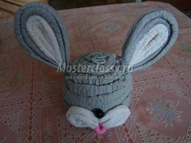 пасхальный заяц из гофрированной бумаги