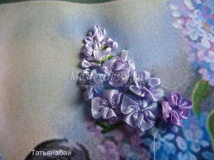 Картина сирень вышивка лентами