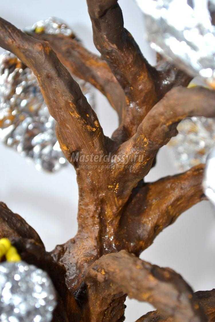 большая мимоза из бисера