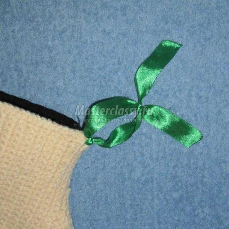 вязаная прихватка-варежка крючком
