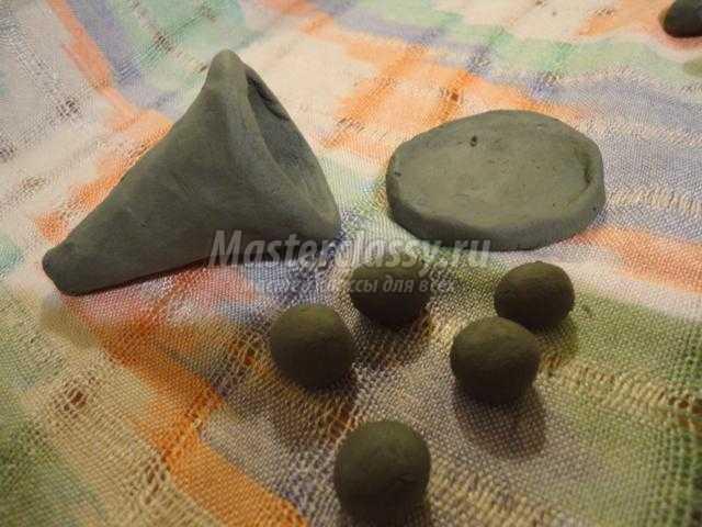 чудо-дерево по мотивам хлудневской глиняной игрушки