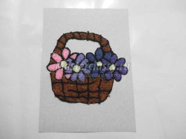 аппликация из пряжи с цветами в корзине. Нежность