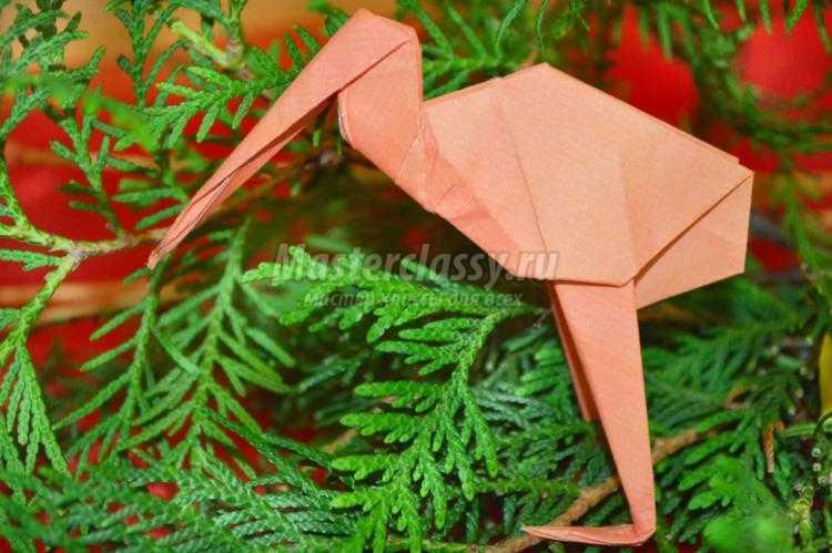 аист из бумаги в технике оригами