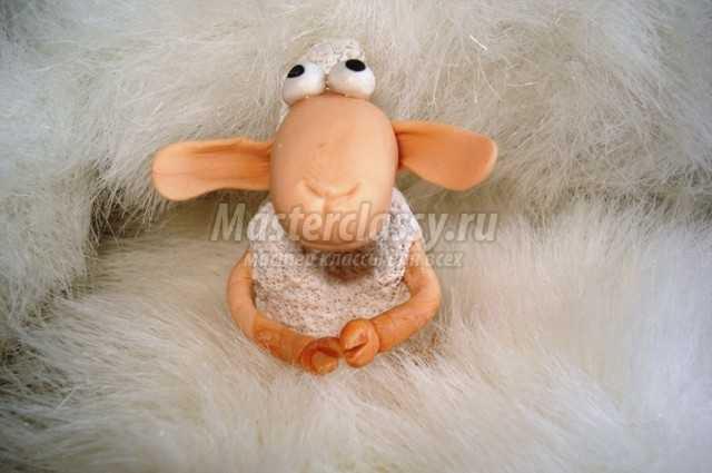 Овца из полимерной глины