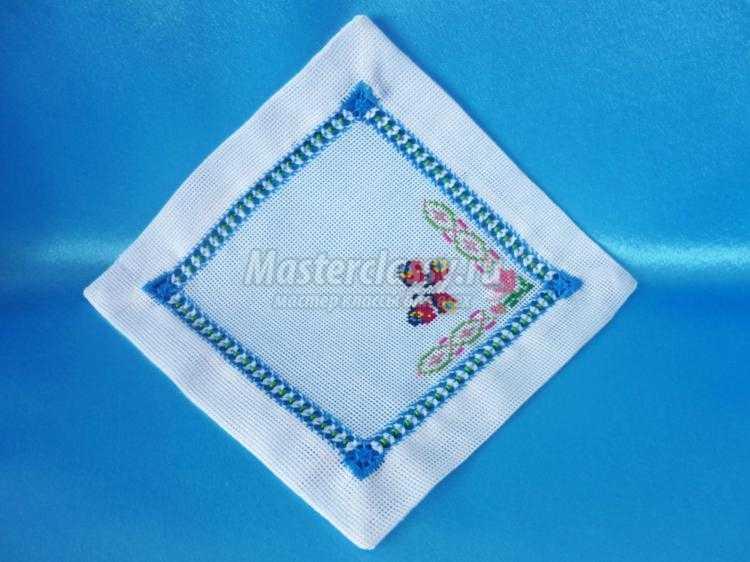 Салфетки с канвой для вышивки