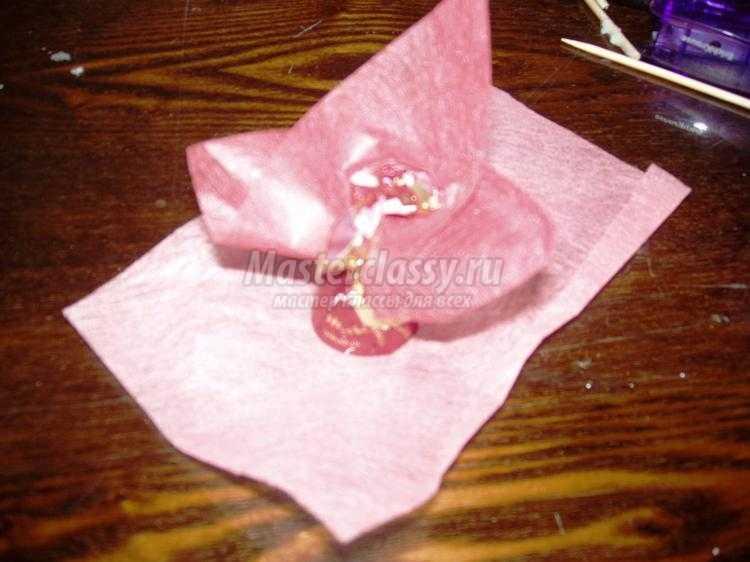 сладкий букет из конфет в кашпо