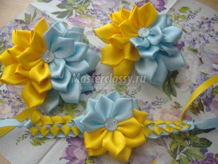 резинки для волос с цветами канзаши