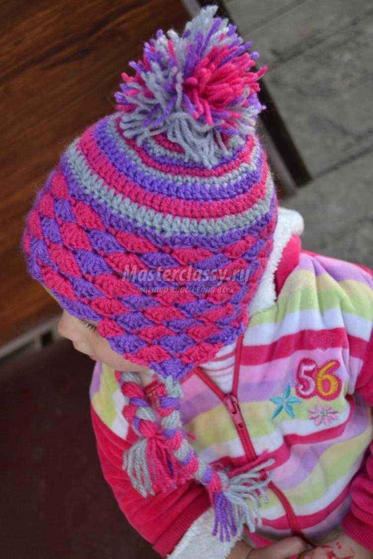 вязание крючком. Осенняя шапочка для девочки с помпоном