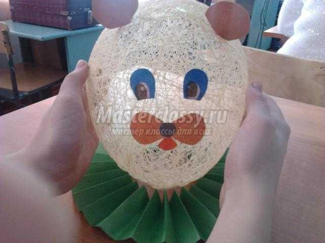 поделки из коконов. Мишка и цветы