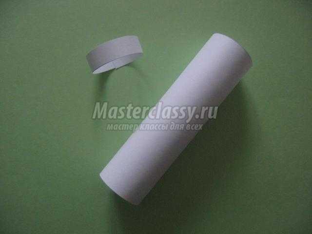 декоративный кувшинчик из бумаги с росписью