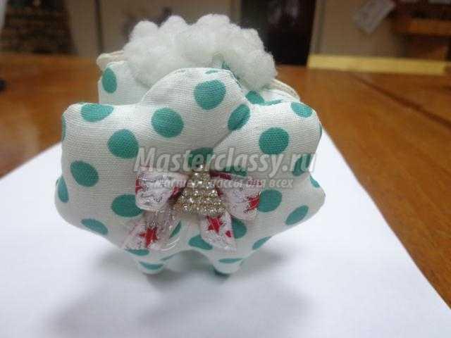 текстильная игрушка. Новогодний сувенир – барашек