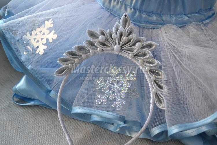 новогодняя корона снежинки в технике канзаши