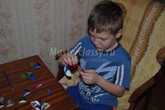 елочный шарик из бумаги своими руками