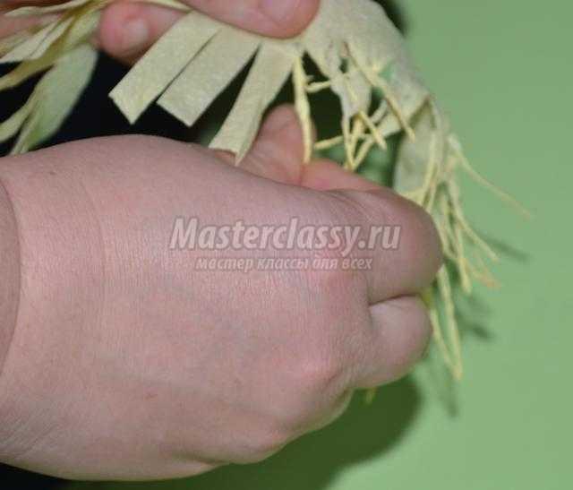 баба-Яга из салфеток своими руками