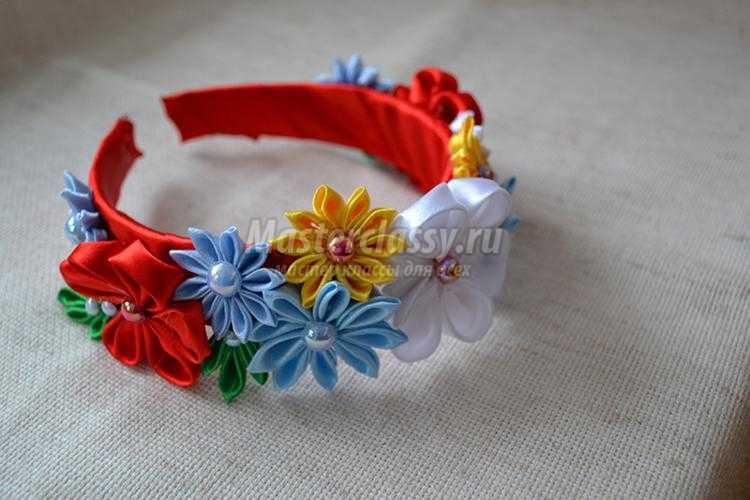 ободок своими руками с цветами канзаши