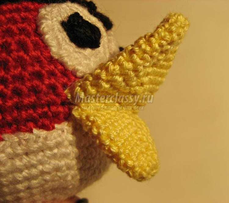 вязаная птичка крючком из Angry Bird