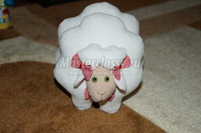 мягкие игрушки своими руками. Семейство овечек