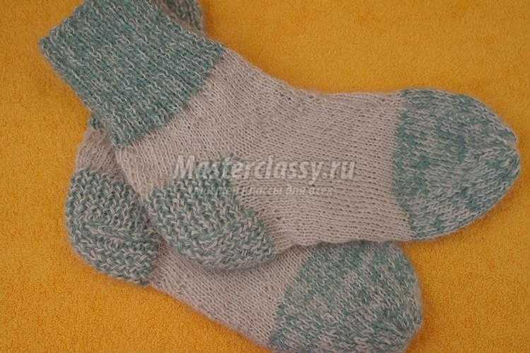 вязаные мужские носки спицами