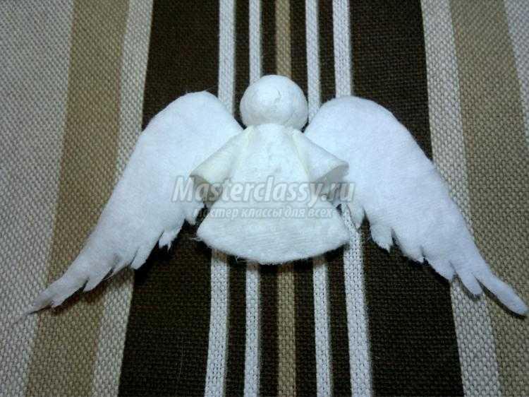 ангелочки из ватных дисков своими руками