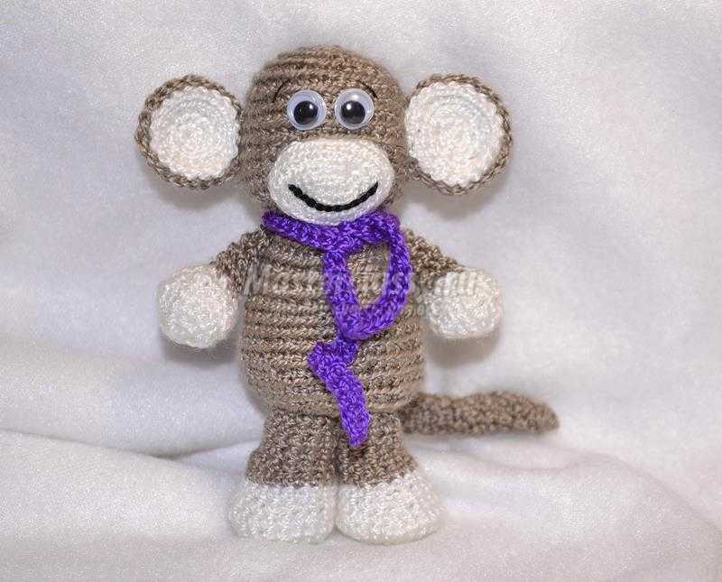 обезьянка амигуруми
