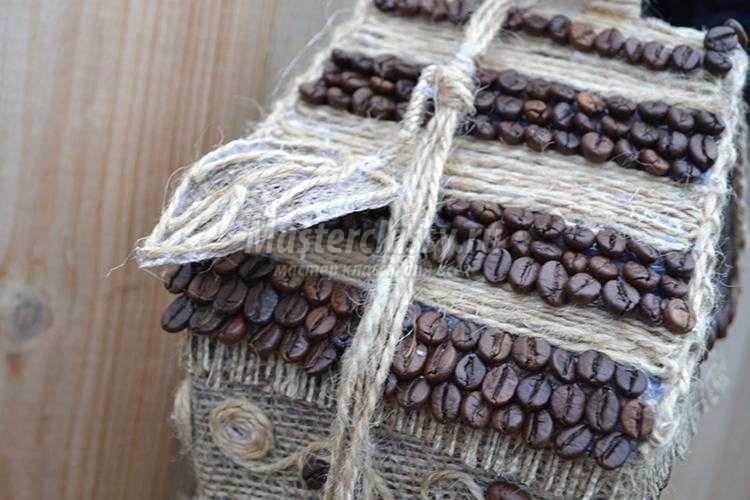 поделки из кофейных зерен. Домик для птички