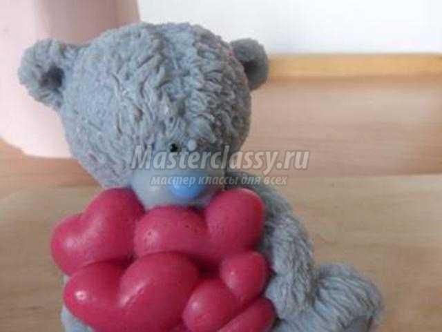 мыльный мишка Тедди с сердцами ко Дню Валентина