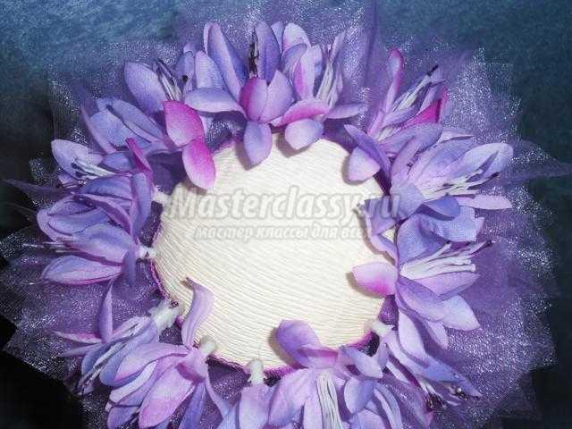 топиарий из органзы и цветов. Маленькая фея