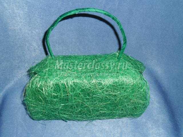сумочка из конфет с колокольчиками для принцессы