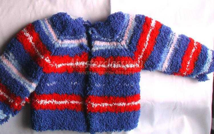 вязание махровой детской кофточки на спицах