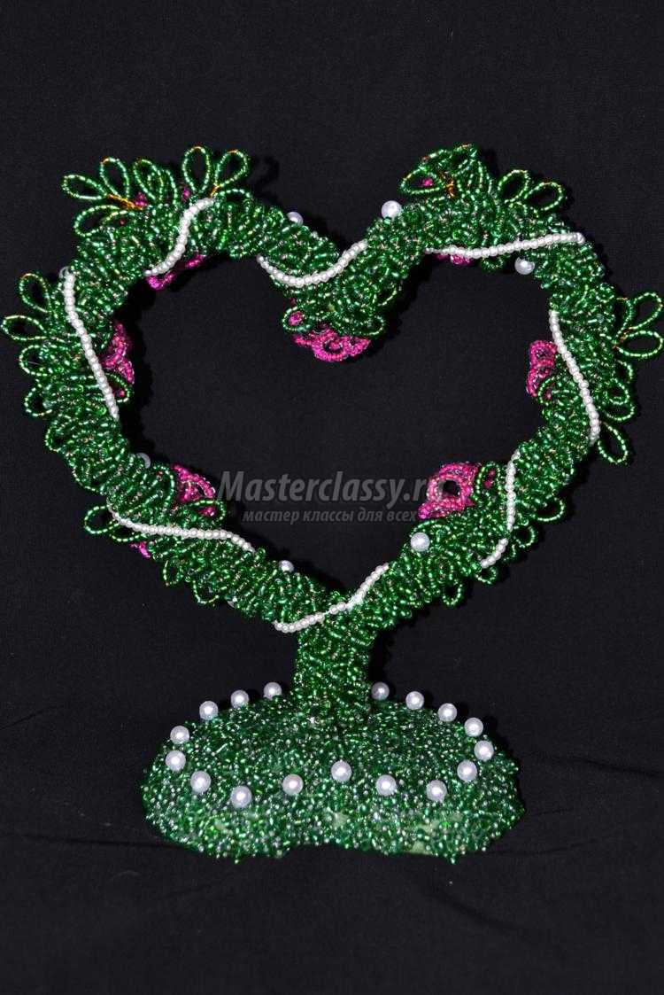 1425127867_37-001_750x1123 Дерево любви из бисера своими руками (в форме сердца)!
