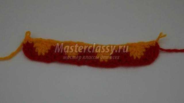 разноцветная вязаная прихватка крючком