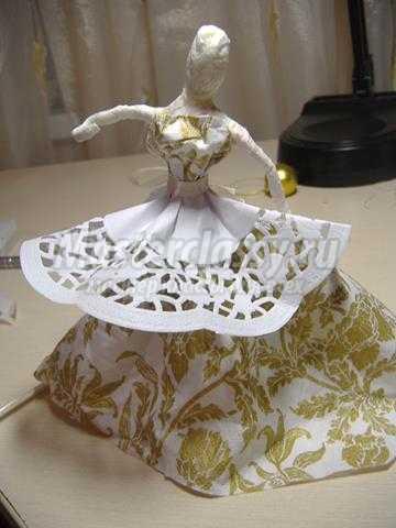 Оригинальный топиарий с балериной