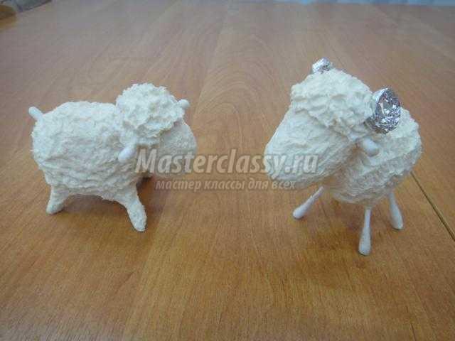 овечка в технике папье-маше