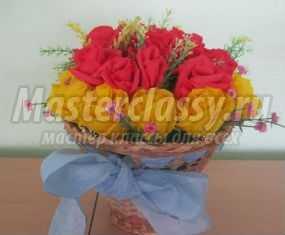 Мастер-класс. Корзина с цветами из гофрированной бумаги на 8 Марта