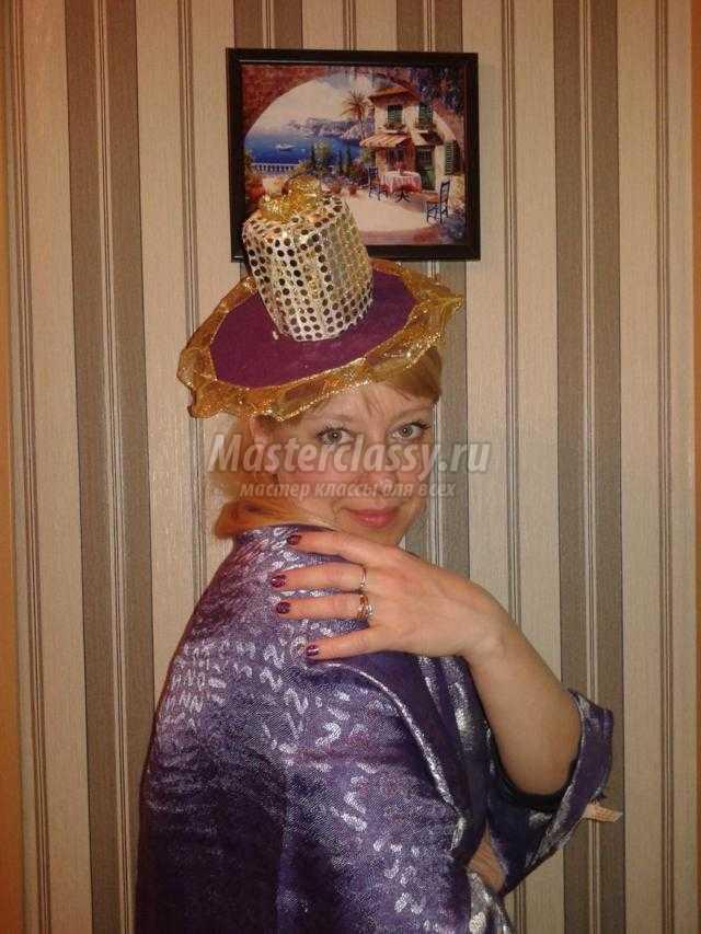 модная шляпка из габардина и парчи